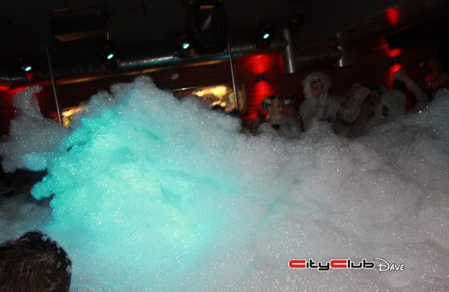 Pěnová párty (Foam party) 23