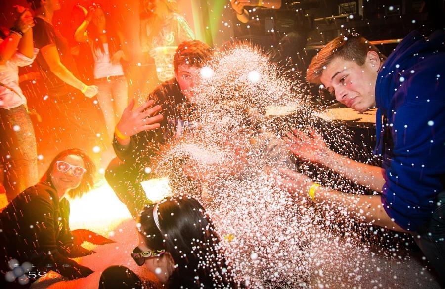 Sněhová párty (Snow party) 8
