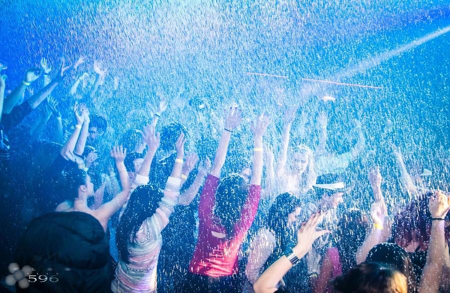 Sněhová párty (Snow party) 6