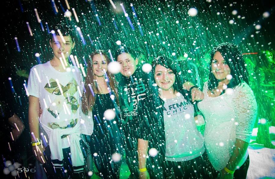 Sněhová párty (Snow party) 1