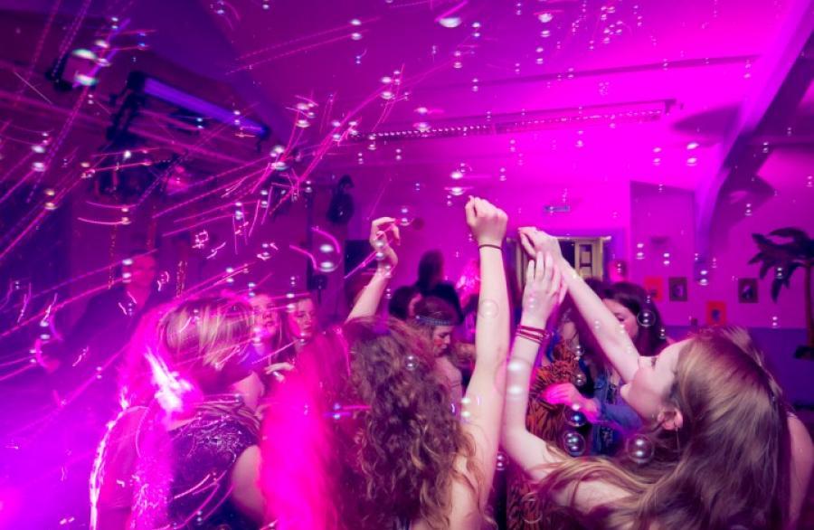 Bublinková párty (Bubbles party) 3