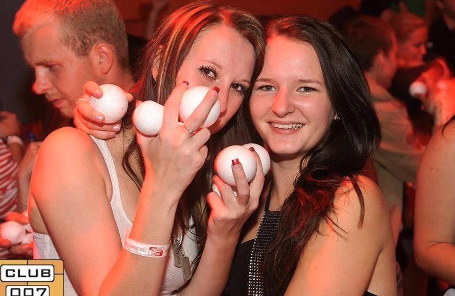 Koulovaná (Snowball party) 2