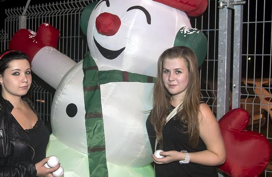 Koulovaná (Snowball party) 14