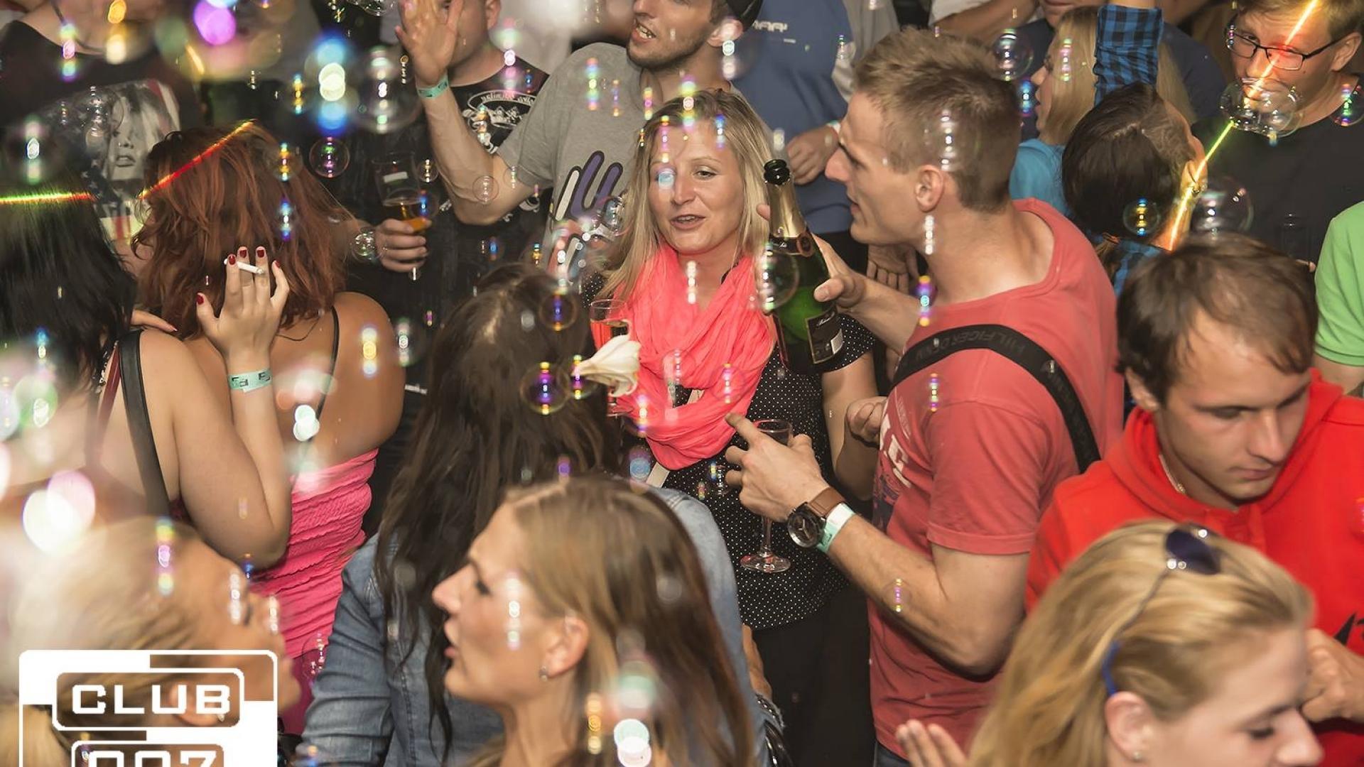Bublinková párty